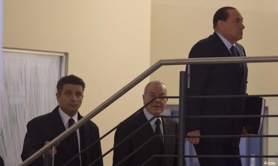 La foto 'storica' dell'ingresso di Berlusconi e Gianni Letta al Nazareno, la sede del Pd. Era il 18 gennaio 2014