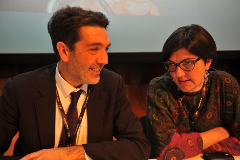 A sinistra, Filippo Miraglia, a destra Francesca Chiavacci