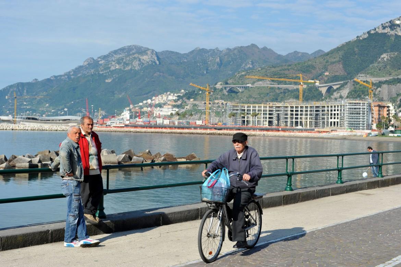 Il complesso residenziale Crescent, Salerno