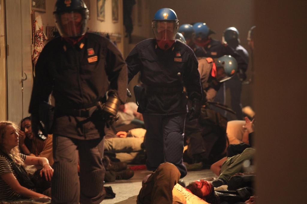 Una scena del film Diaz di Daniele Vicari