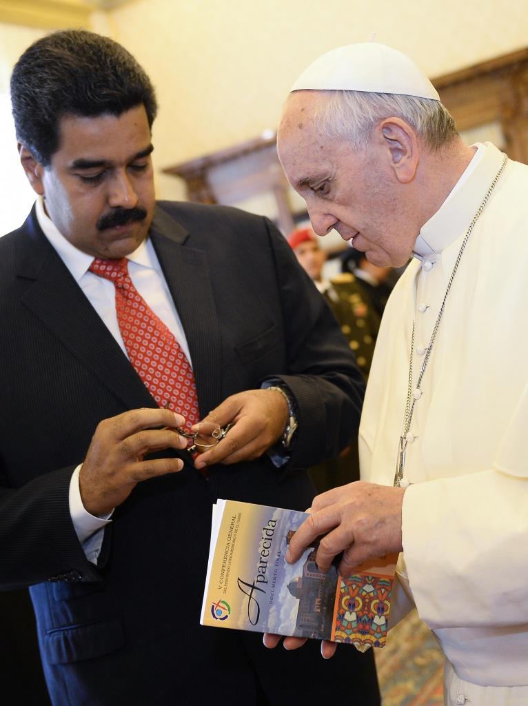 Il presidente venezuelano con papa Bergoglio