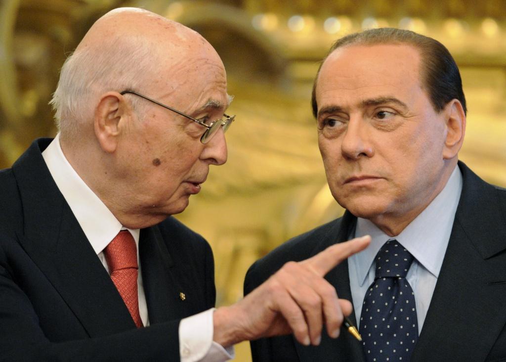 Il presidente della Repubblica Giorgio Napolitano con il leader Pdl Silvio Berlusconi