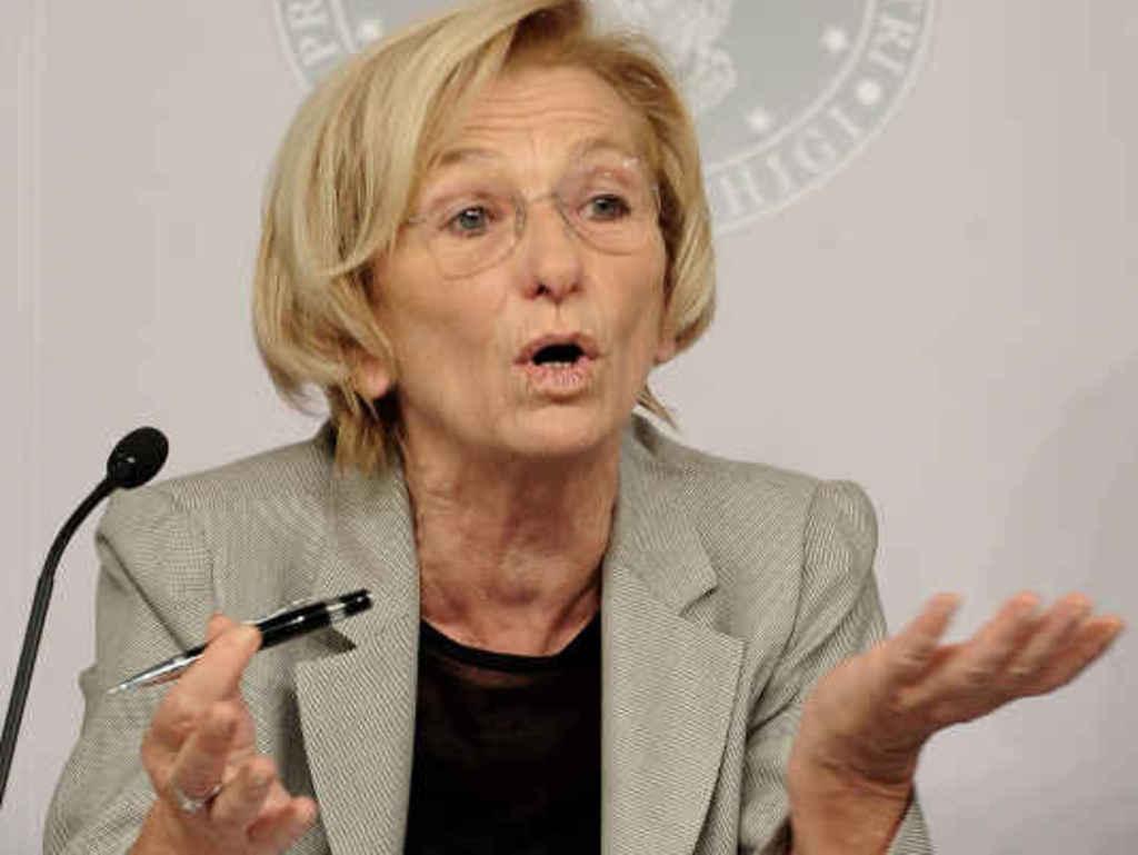 Emma Bonino, ministra degli esteri