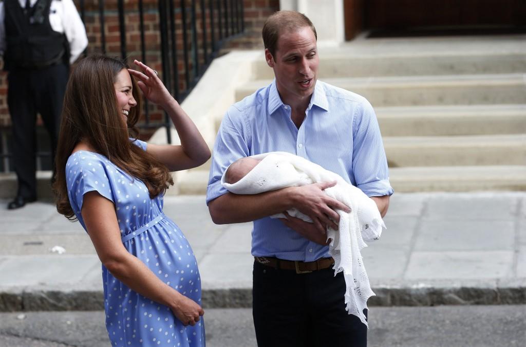 William e Kate insieme al figlio appena nato