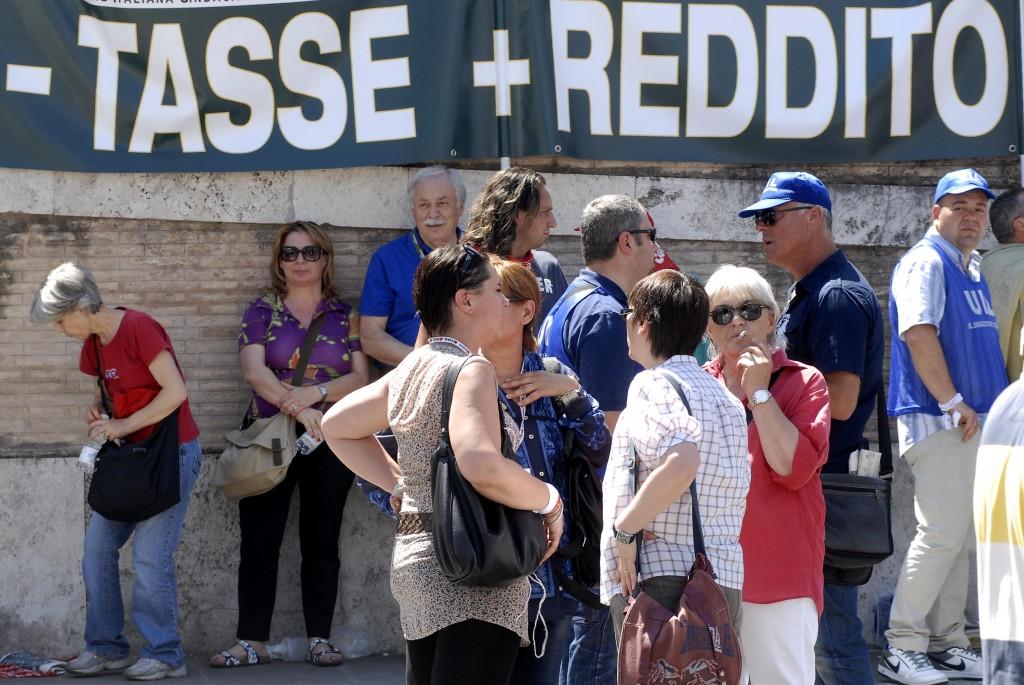 Una protesta per chiedere pi uguglianza fiscale