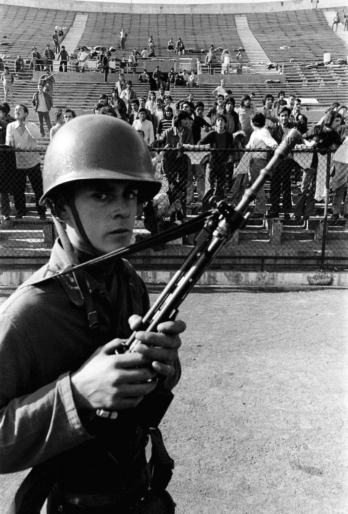 Cile, 11 settembre '73, oppositori rinchiusi negli stadi della capitale