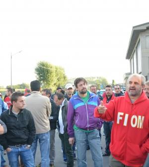 La protesta degli operai di Lesegno