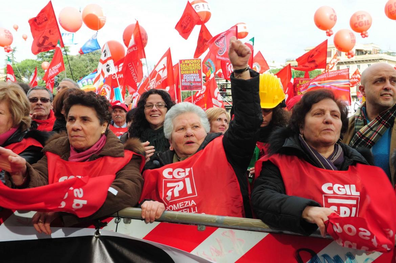 Una manifestazione dei pensionati dello Spi Cgil