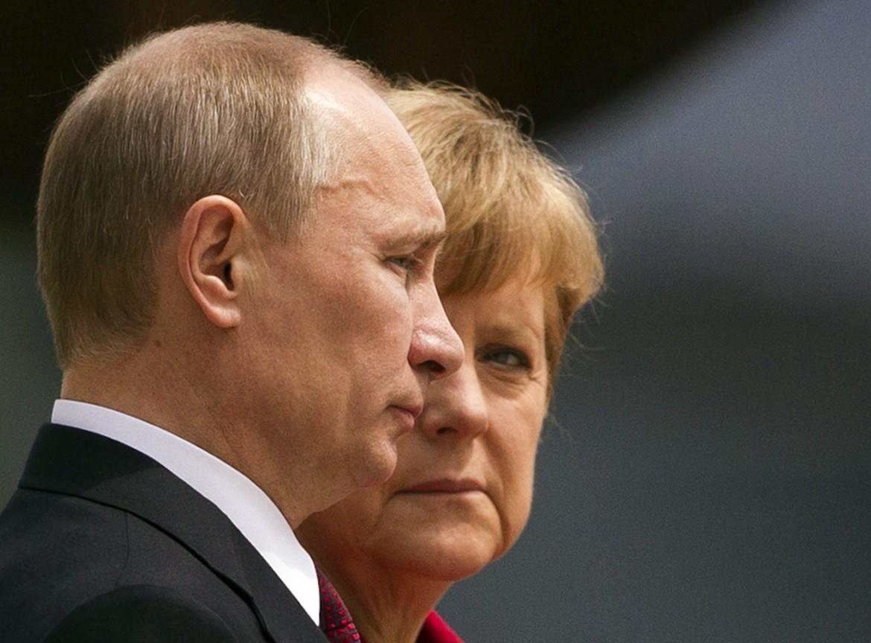 Putin e Angela Merkel