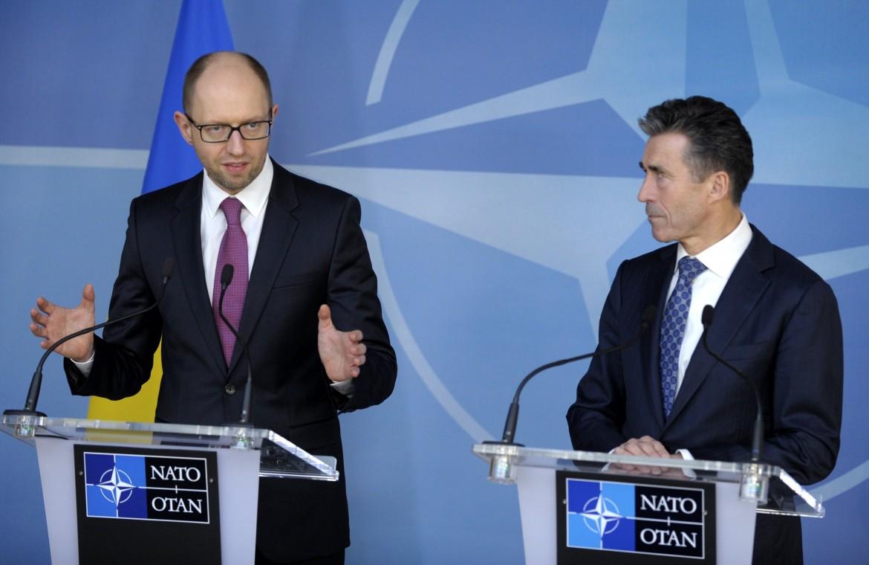 Il neo-premier ucraino con Rasmussen