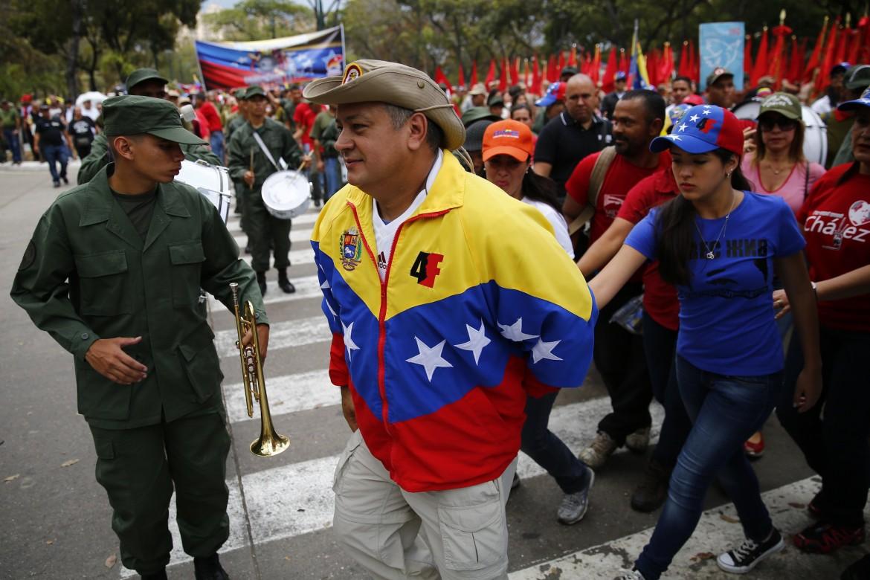 Diosdado Cabello in piazza a Caracas