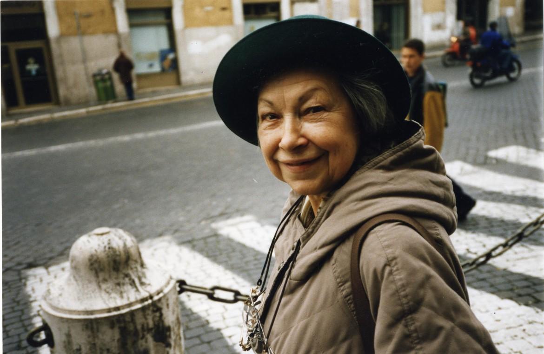 Un ritratto fotografico di Lidia Menapace