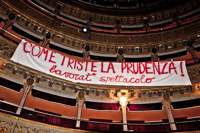 Il teatro Valle occupato a Roma