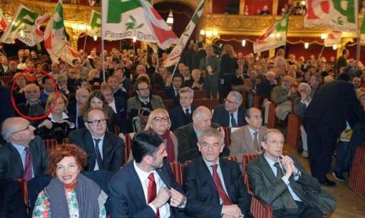 Circolettato - nelle prime file - Primo Greganti assiste al lancio della candidatura di Sergio Chiamparino.