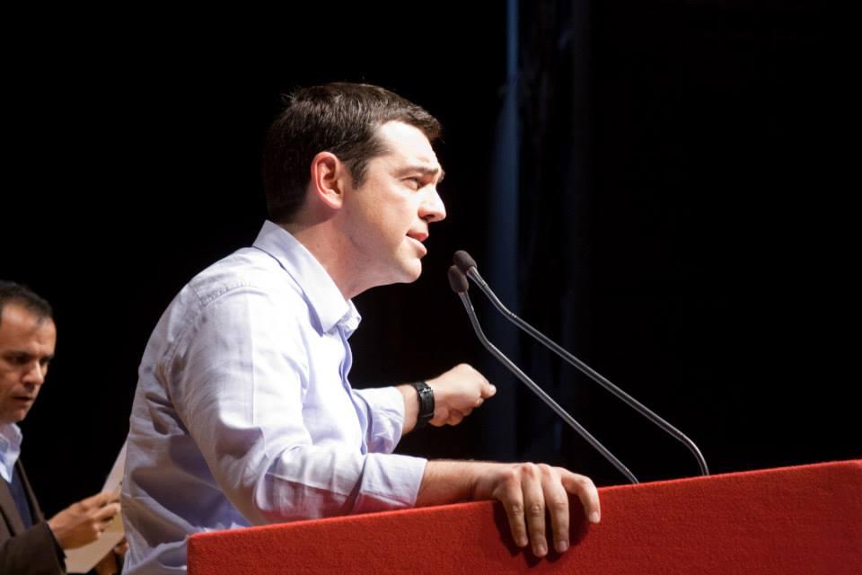 Alexis Tsipras, presidente di Syriza, durante un recente comizio a Bologna