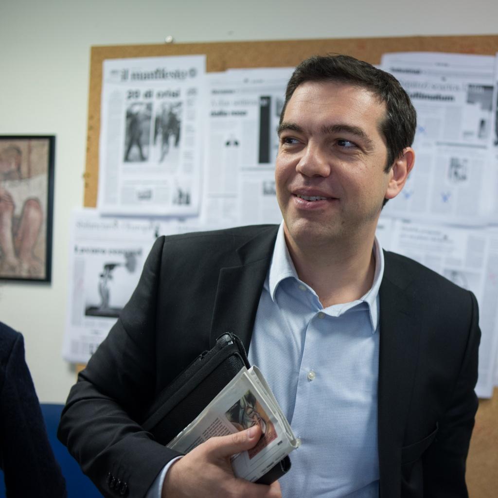 Alexis Tsipras nella redazione del manifesto
