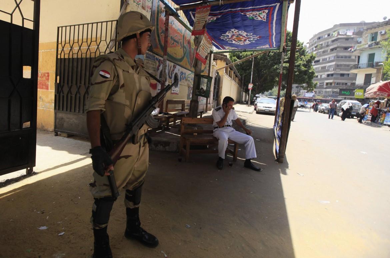 Militari a presidio dei seggi