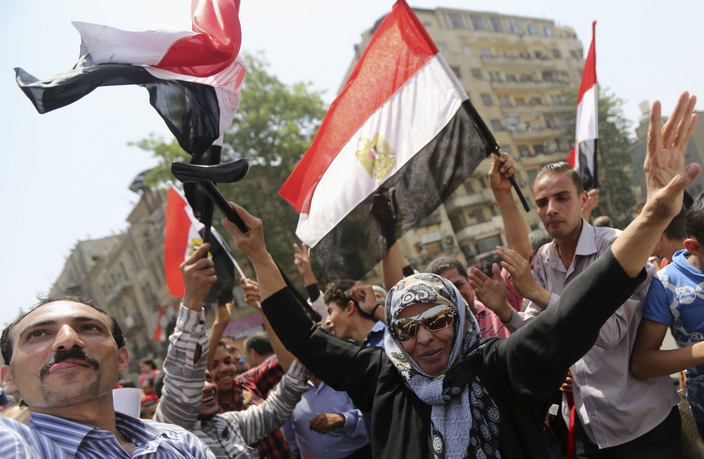 Festa per l'elezione del golpista Sisi