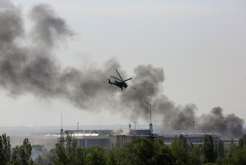 Elicotteri sopra Donetsk