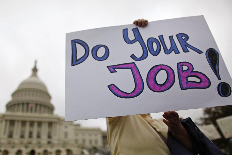 Un cartello esposto durante una protesta negli Usa