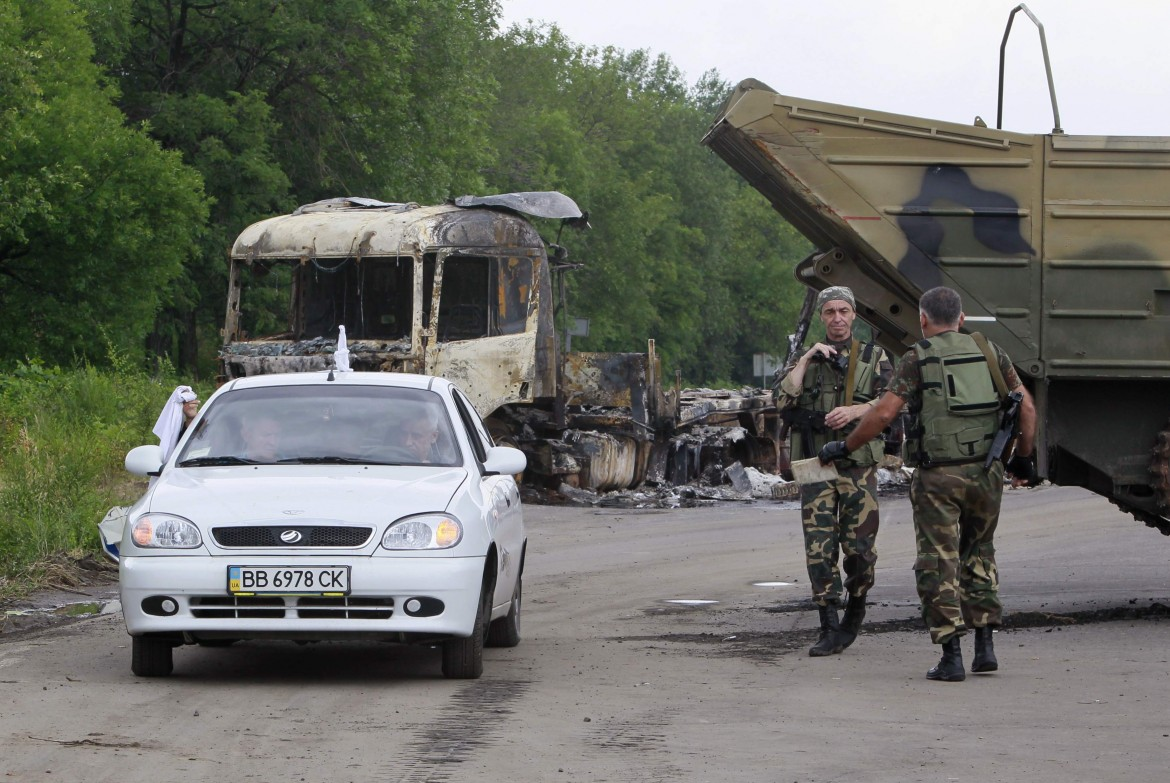 Checkpoint filorusso nel Donbass