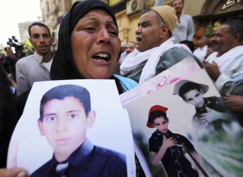 Il Cairo, la protesta dei familiari dei condannati a morte