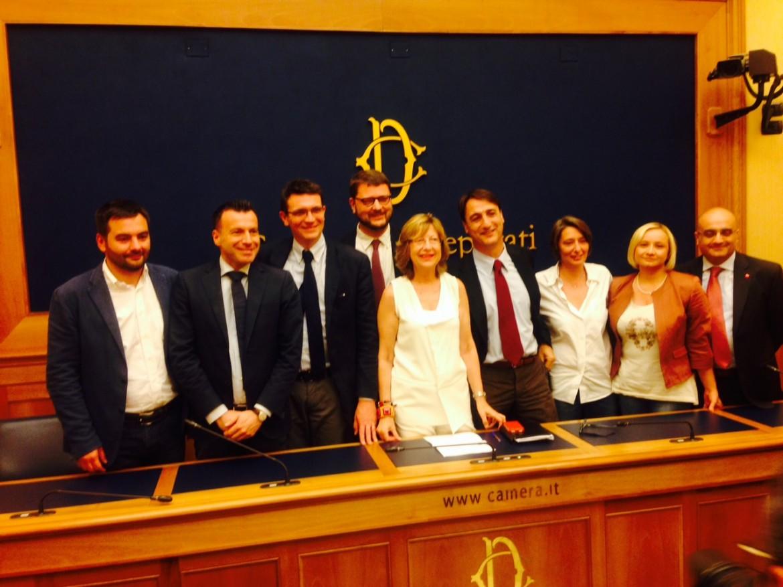 I deputati di Led, Libertà e democrazia, fuoriusciti di Sel , ieri alla camera al lancio della loro associazione