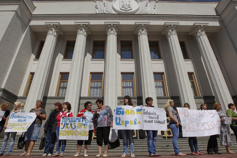 Manifestazione pacifista a Kiev