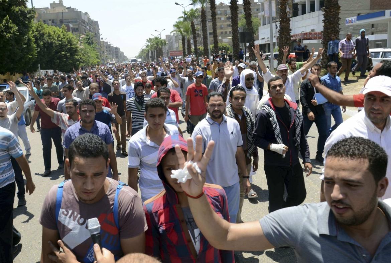 Manifestazione pro Morsi al Cairo