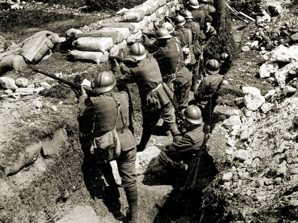 Soldati in trincea durante la Grande Guerra