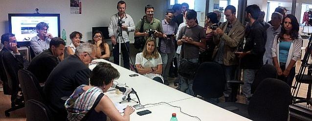 Conferenza stampa nella redazione romana de L'Unità