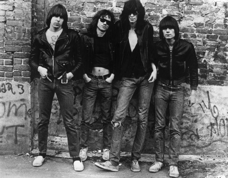The Ramones, Tommy è il secondo da sinistra