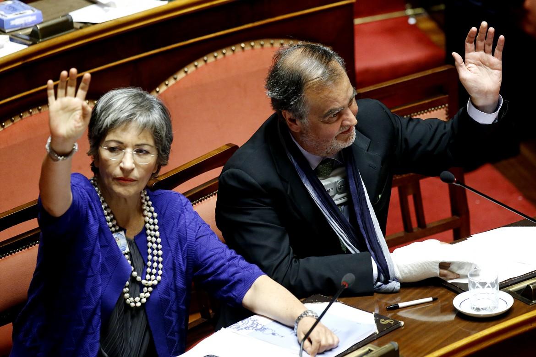 La senatrice Anna Finocchiaro, Pd, e il collega Roberto Calderoli
