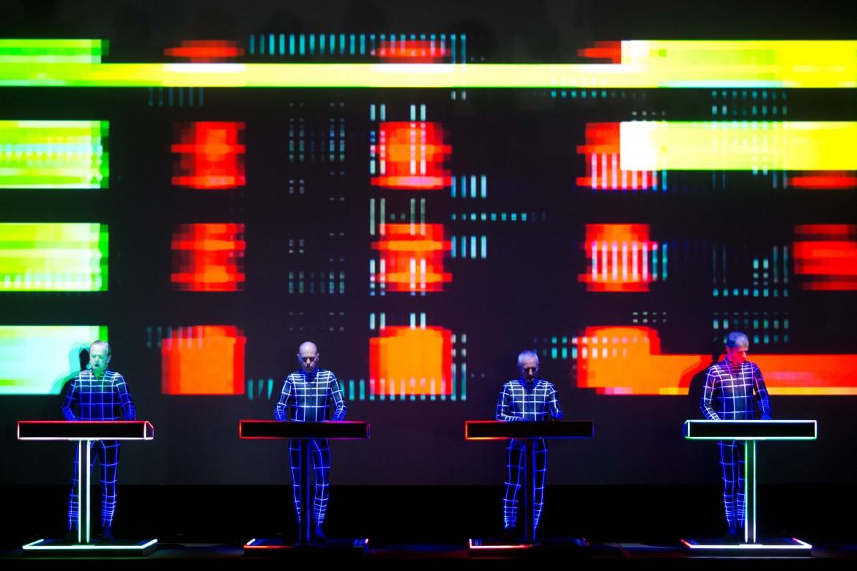 i Kraftwerk nella cavea dell'Auditorium di Roma
