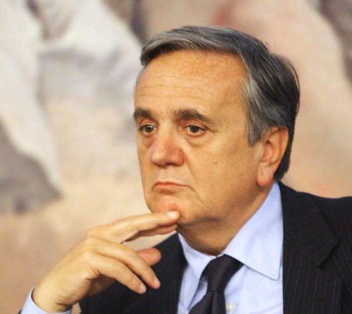 Il presidente della Commissione Lavoro del Senato, Maurizio Sacconi (Ncd)