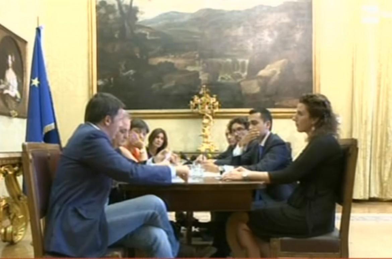 L'incontro di mercoledì tra Matteo Renzi e la delegazione del Movimento 5 Stelle
