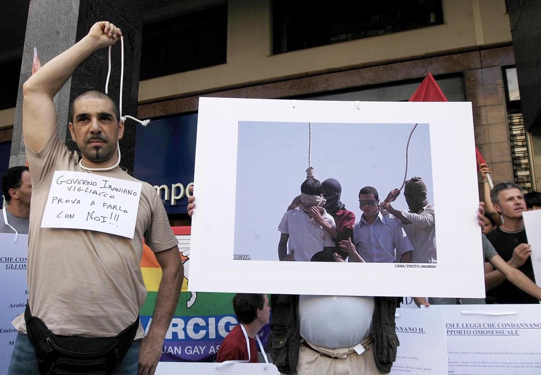 Manifestazione contro la pena di morte per gli omosessuali in alcuni Paesi a maggioranza islamica