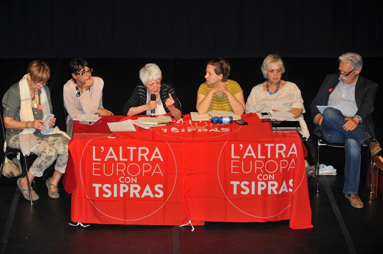 L'assemblea dell'Altra Europa ieri al teatro Vittoria di Roma