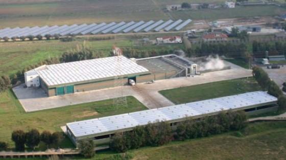 Lo stabilimento di Aprilia dove ieri hanno perso la vita i due operai che scaricavano rifiuti per conto dell'Acea