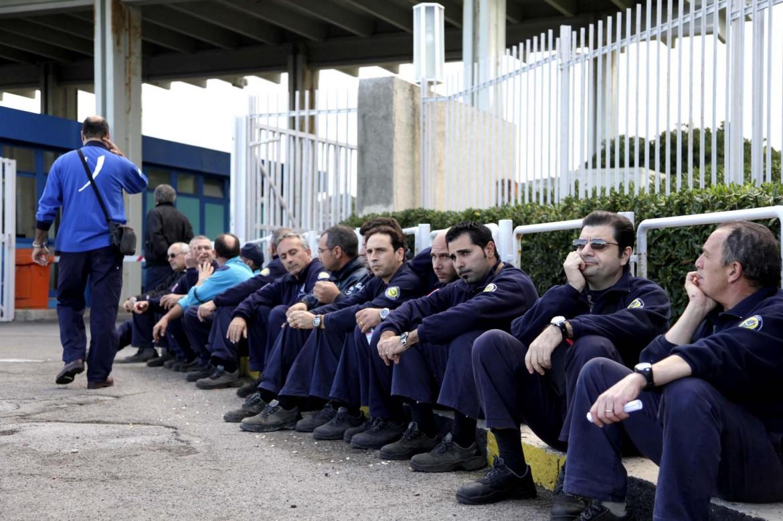 Una manifestazione dei lavoratori di Termini Imerese (Palermo)