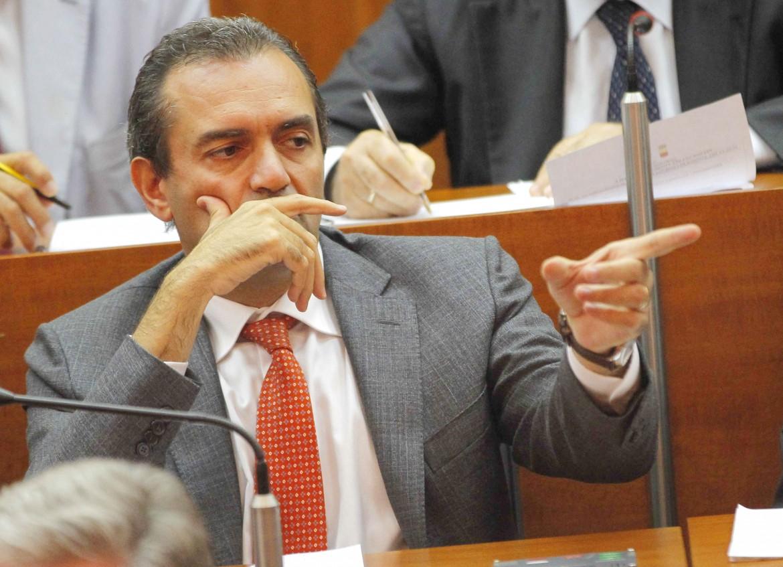 Il sindaco sospeso di Napoli Luigi De Magistris
