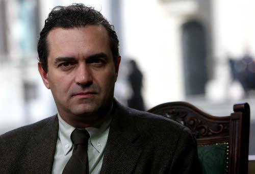 Luigi De Magistris, sindaco di Napoli sospeso dopo la condanna