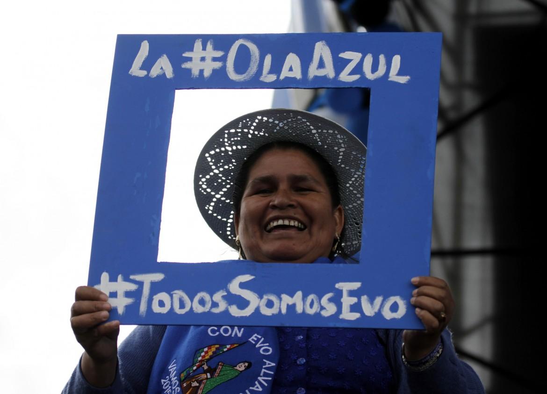 Bolivia «Tutti siamo Evo», dice una sostenitrice del presidente Morales