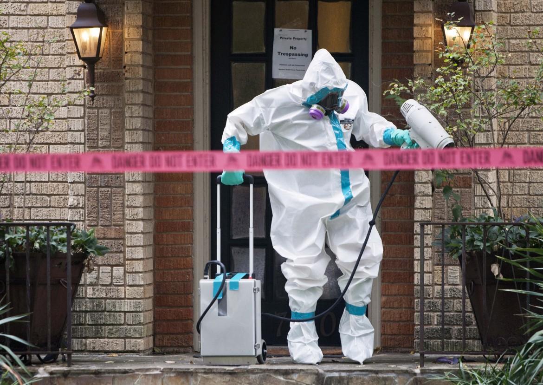 La messa in sicurezza dell'appartamento di Nina Pham a Dallas