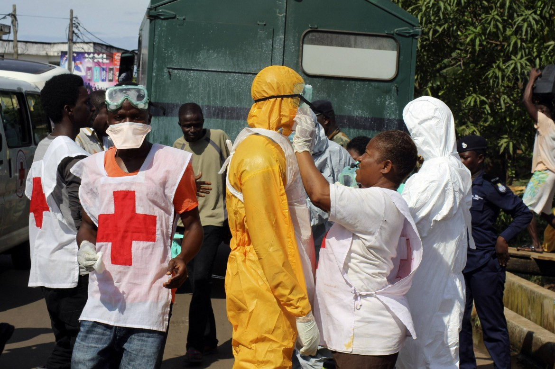 Operatori sanitari in Sierra Leone