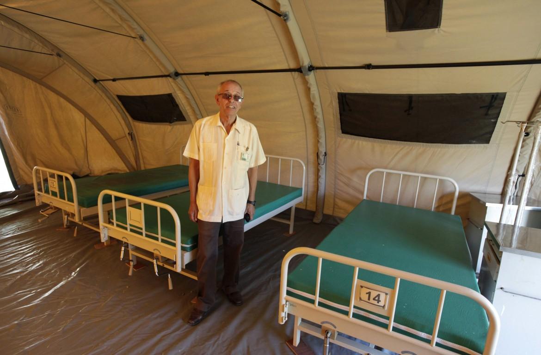 Jorge Perez, direttore dell'Instituto de Medicina Tropical Pedro Kourì dell'Avana