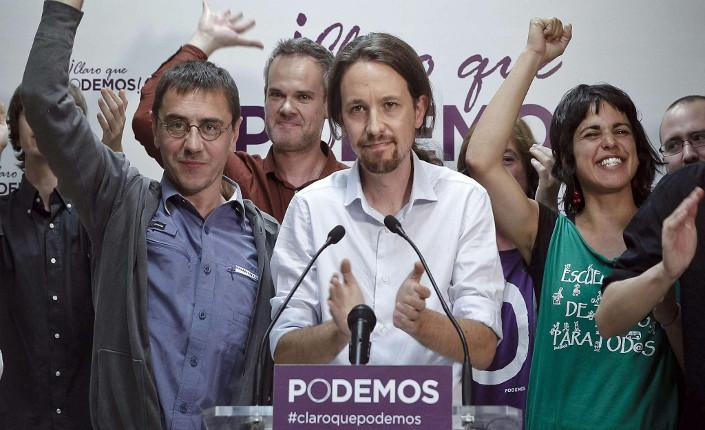 Pablo Iglesias durante l'assemblea costituente