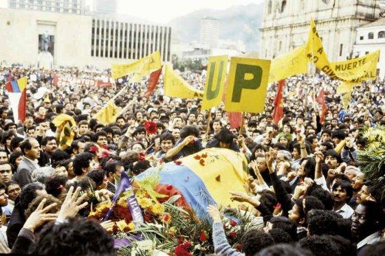 Colombia, Union Patriotica, funerali di militanti uccisi