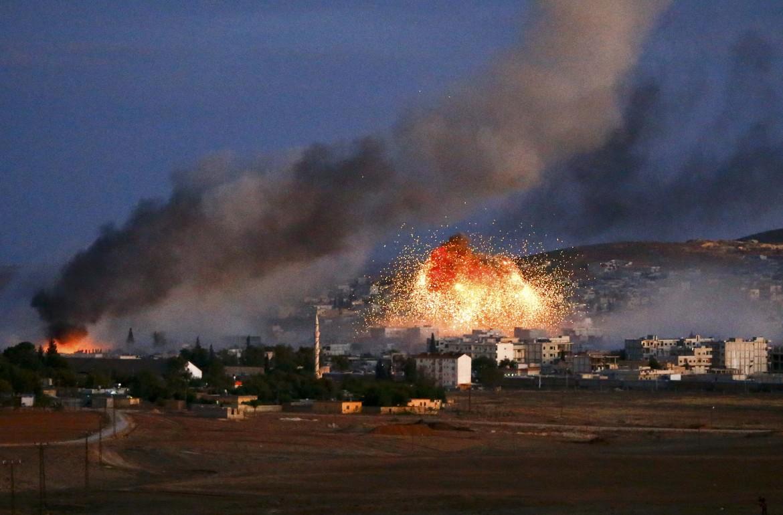 I raid della coalizione guidata dagli Usa su Kobane