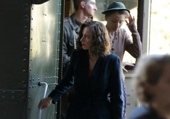 una scena da Phoenix, sotto il trailer originale del film di Christian Petzold